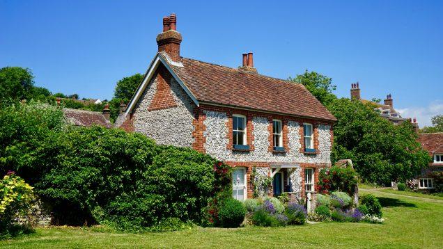 Countryside-bunglaow-with-new-windows